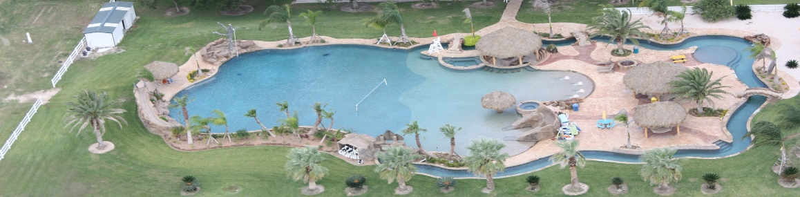 worlds_largest_residential_swimming_pool_houston_conroe-builder-kuykendallpools.jpg